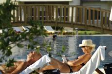 مجمع فخم في بيليك مع مسبح مشترك ضخم  thumb #1