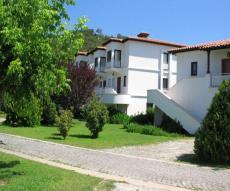 شقة أمام شاطىء كيمر في تركيا للبيع thumb #1