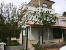 Villa for sale with private garden Bogazkent